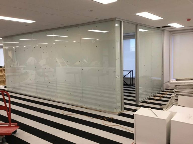 """<span class=""""first-word"""">TG</span> SWITCH<br />Privacy Glass"""